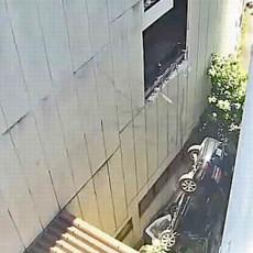 駐車場からの転落事故