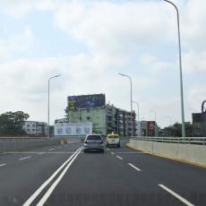 タムェー陸橋が部分開通しています