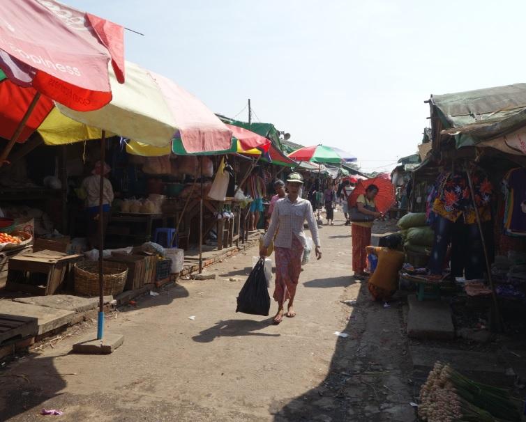 ヤンゴン市場_17