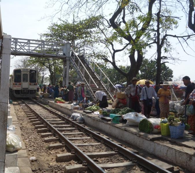ヤンゴン市場_35