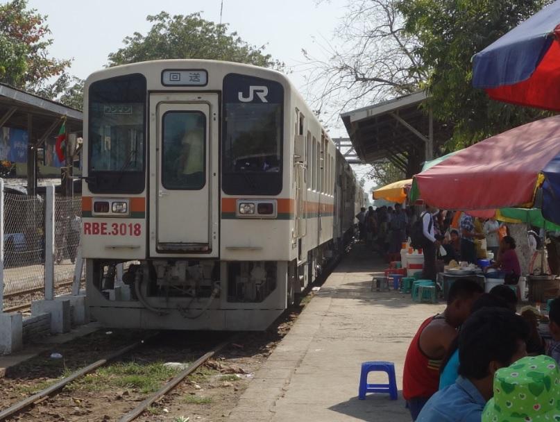 ヤンゴン市場_36